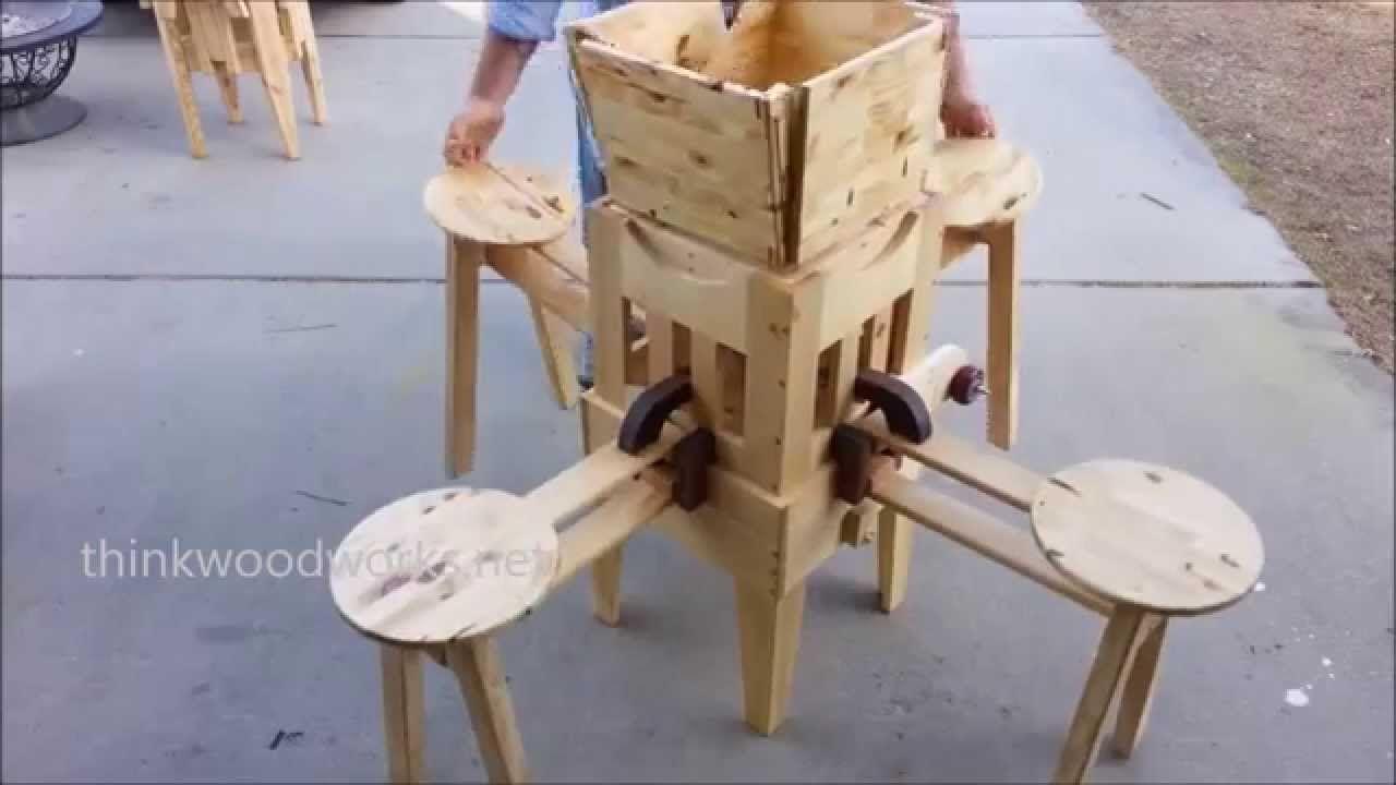 klapptisch mit integrierten st hlen zum selberbauen selbermachen. Black Bedroom Furniture Sets. Home Design Ideas