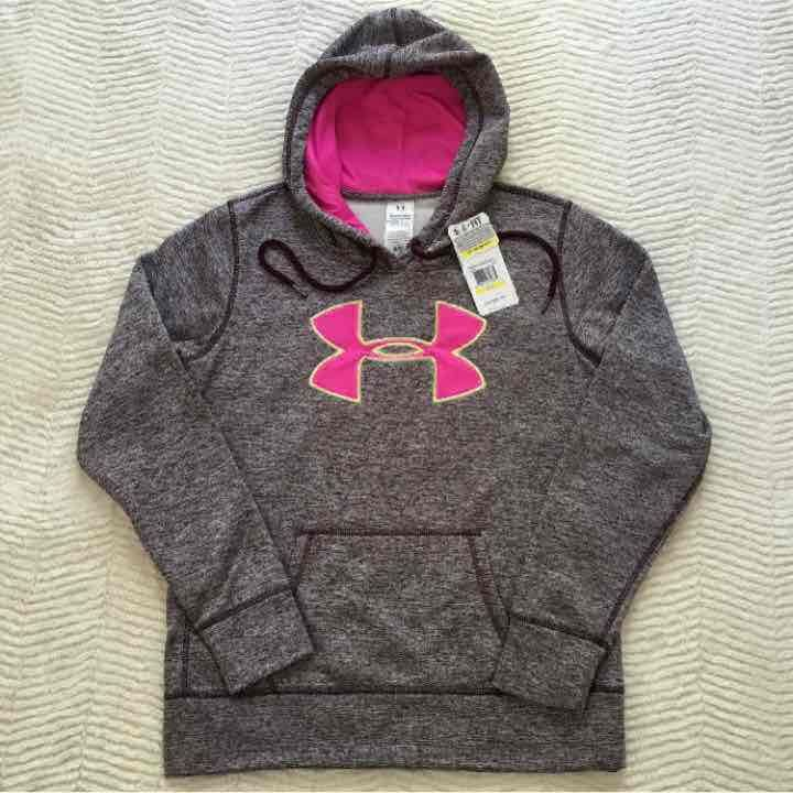 Under Armour✨MEDIUM✨Pullover Hoodie - Mercari: Anyone can buy & sell