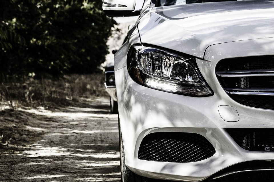4 Signs That Your Car S Brakes Need Servicing Car Finance Car
