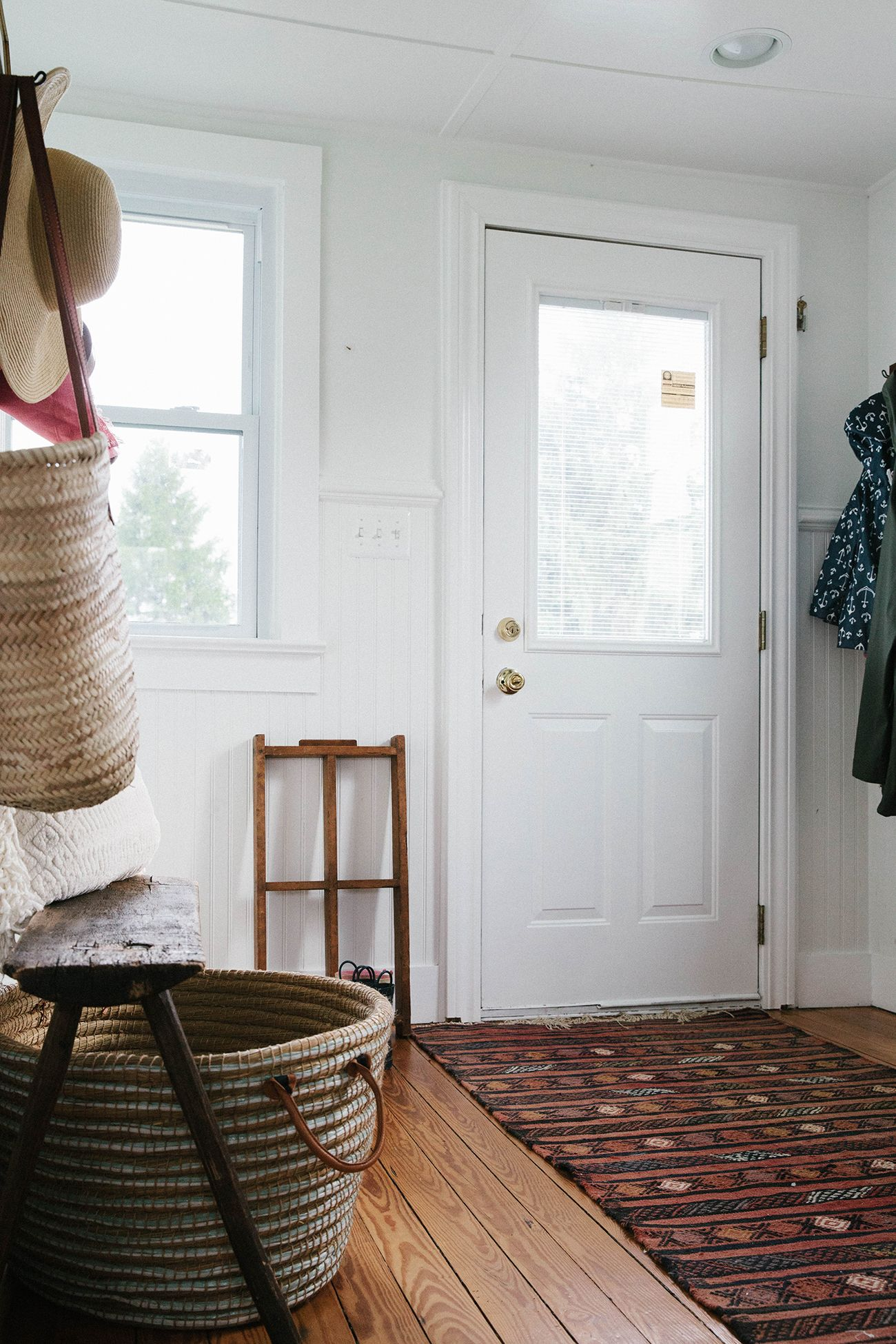 Laundry & Mud Room - Organize Spaces - A Daily Something #summertips images