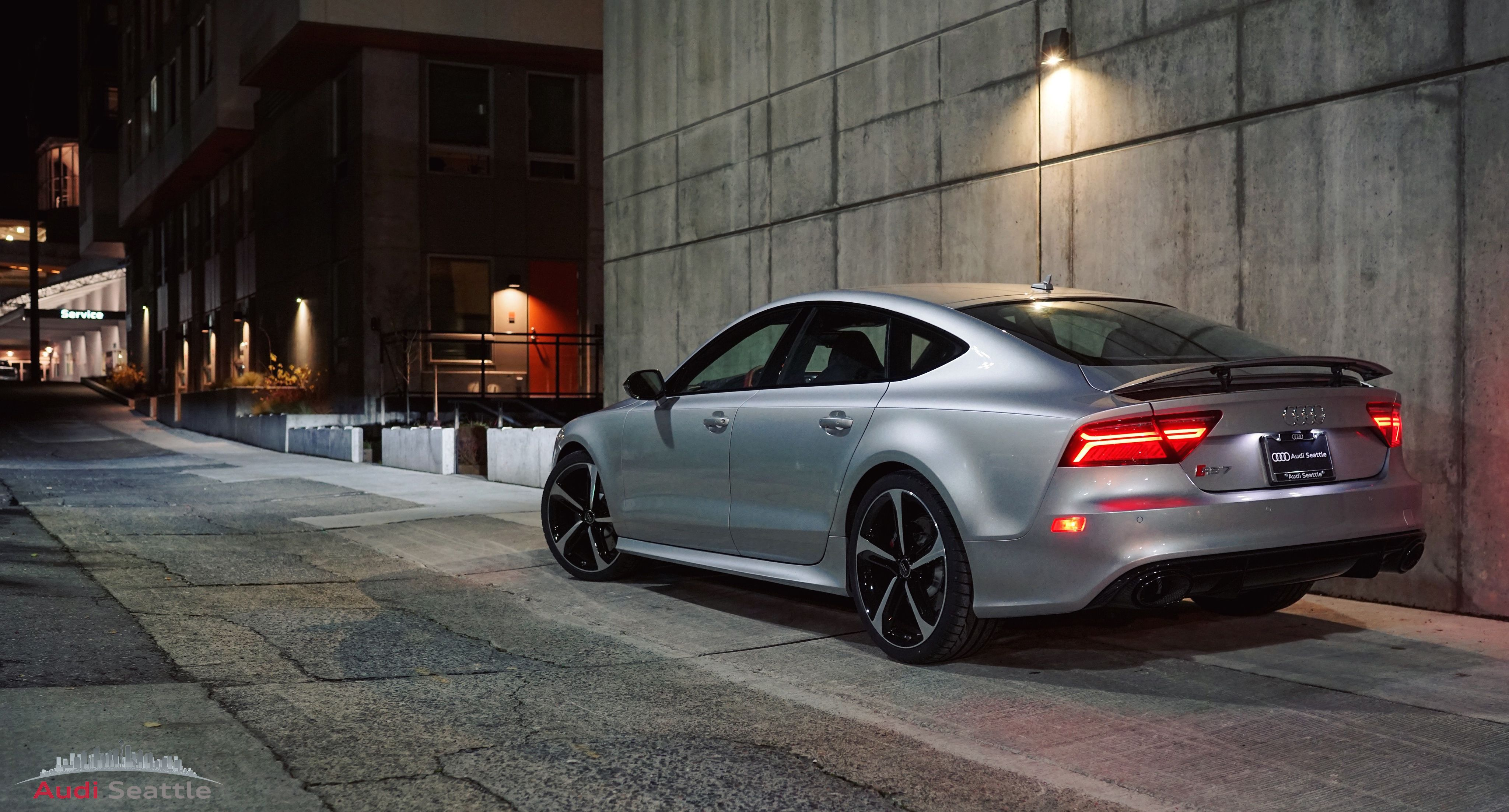 Start your day off right with this RS7 from last night Color