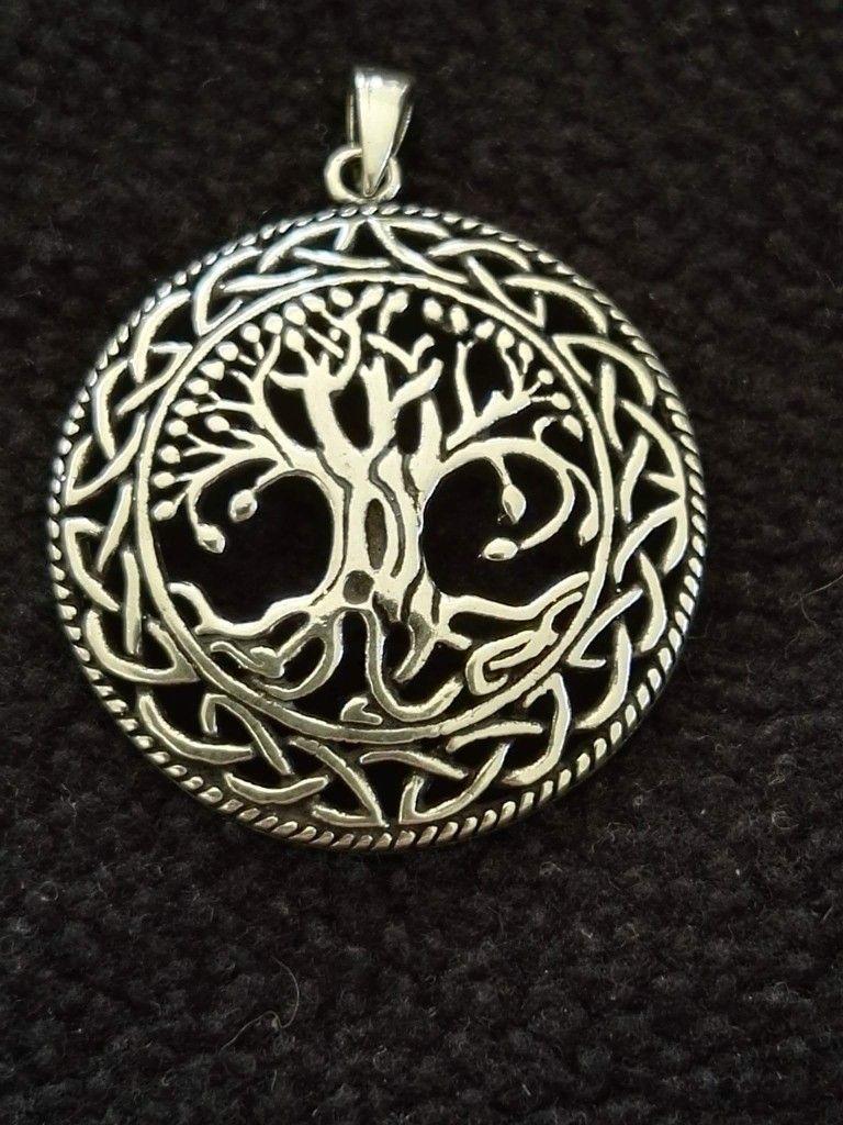 2f56f6d8698 Yggdrasil vedhæng i sølv 400 kr. 3,4 cm | Vikinge smykker Vedhæng ...