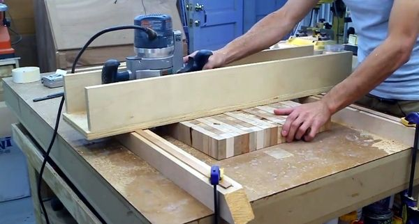 How to flatten and thickness large slabs of wood with a diy router how to flatten and thickness large slabs of wood with a diy router bridge planer greentooth Image collections