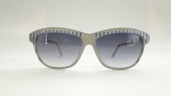 Robert La Roche S 43 Gray/Striped Azure Sunglasses. Classic gray/striped azure sunglasses from 90s by Robert La Roche. Coloured fabric insertion. #vintage #vintagefashion #vintageframes #eyeglasses #sunglasses #vintagesunglasses #vintageeyeglasses #robertlaroche