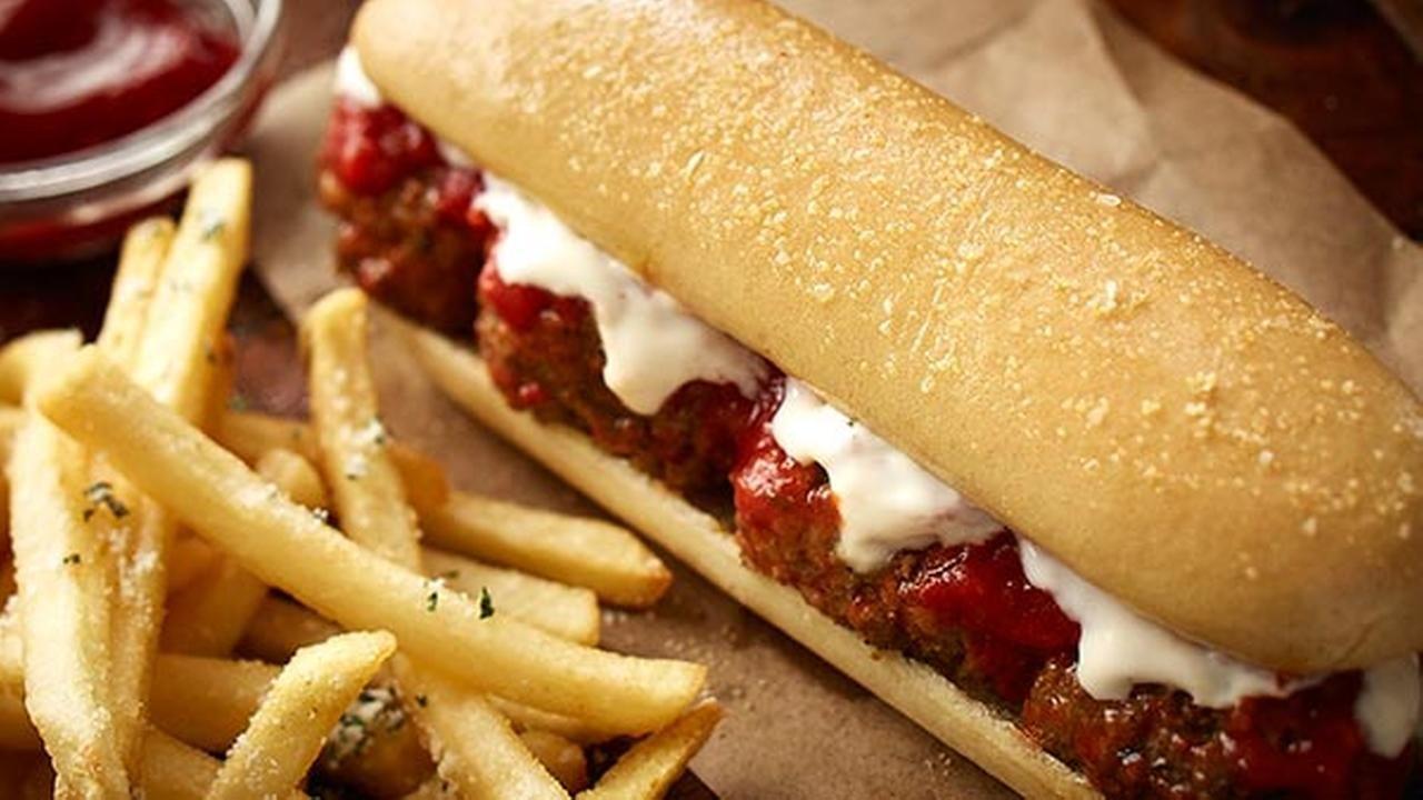 Olive Garden Breadsticks to Debut in Lunch Sandwiches
