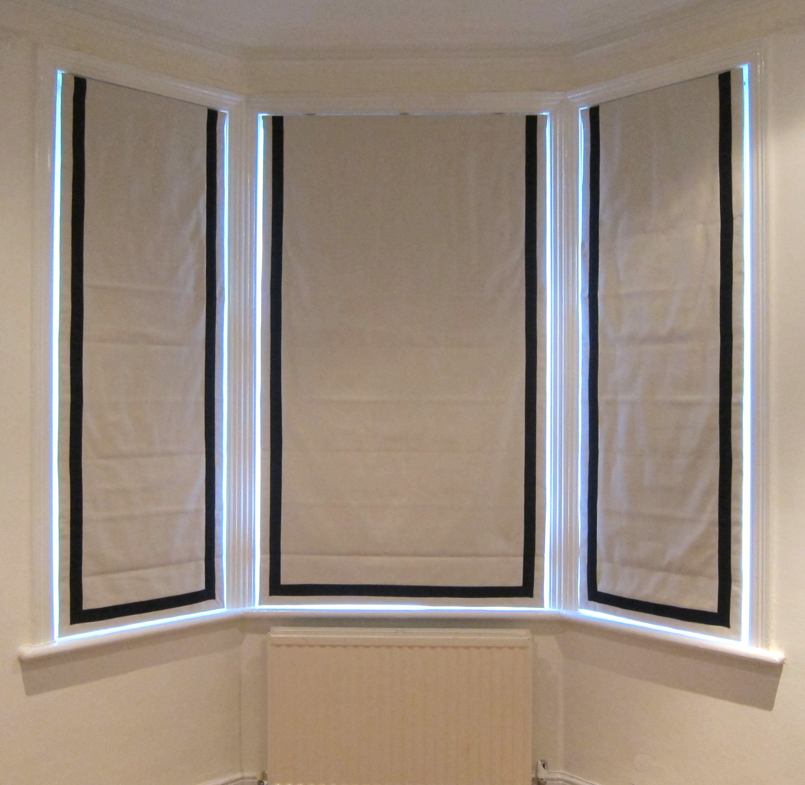 Ivory Roman Blinds With Contrast Black Inset Borders