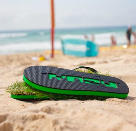 918e10822 Front-Yard Flip Flops Take Gardens to Go