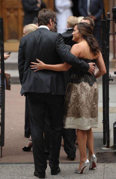 Peter and Mariska; black and bronze dress, back