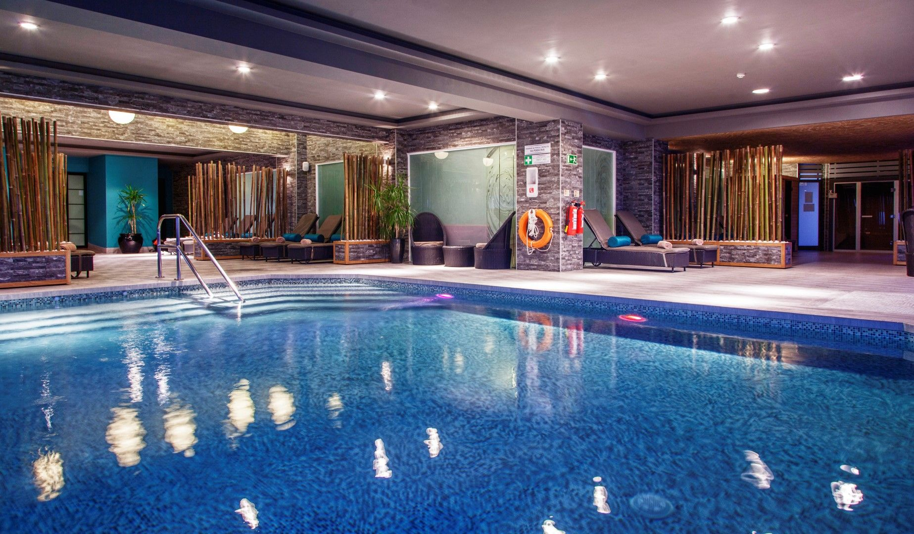 Indoor Swimming Pool Swimmingpool Indoorswimmingpool