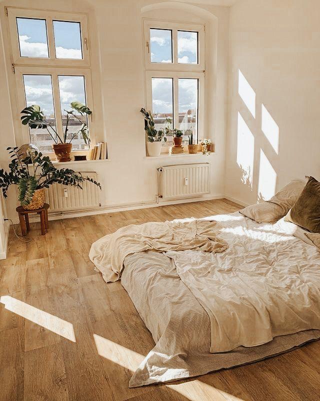 10 Premium Home Lightroom Presets/ Golden White Pr