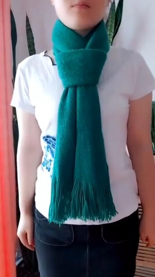 Easy and stylish scarf tutorial 032