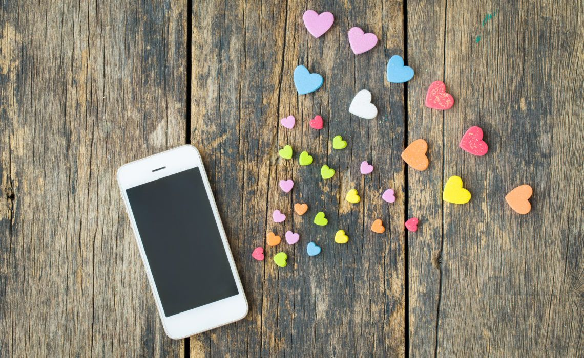 Au Pairs and Tinder - safety tips if you use dating apps