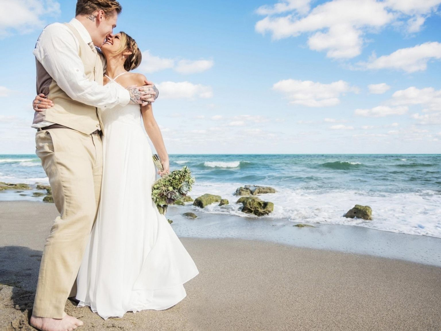 Why Is Everyone Talking About Cheap Beach Wedding Packages
