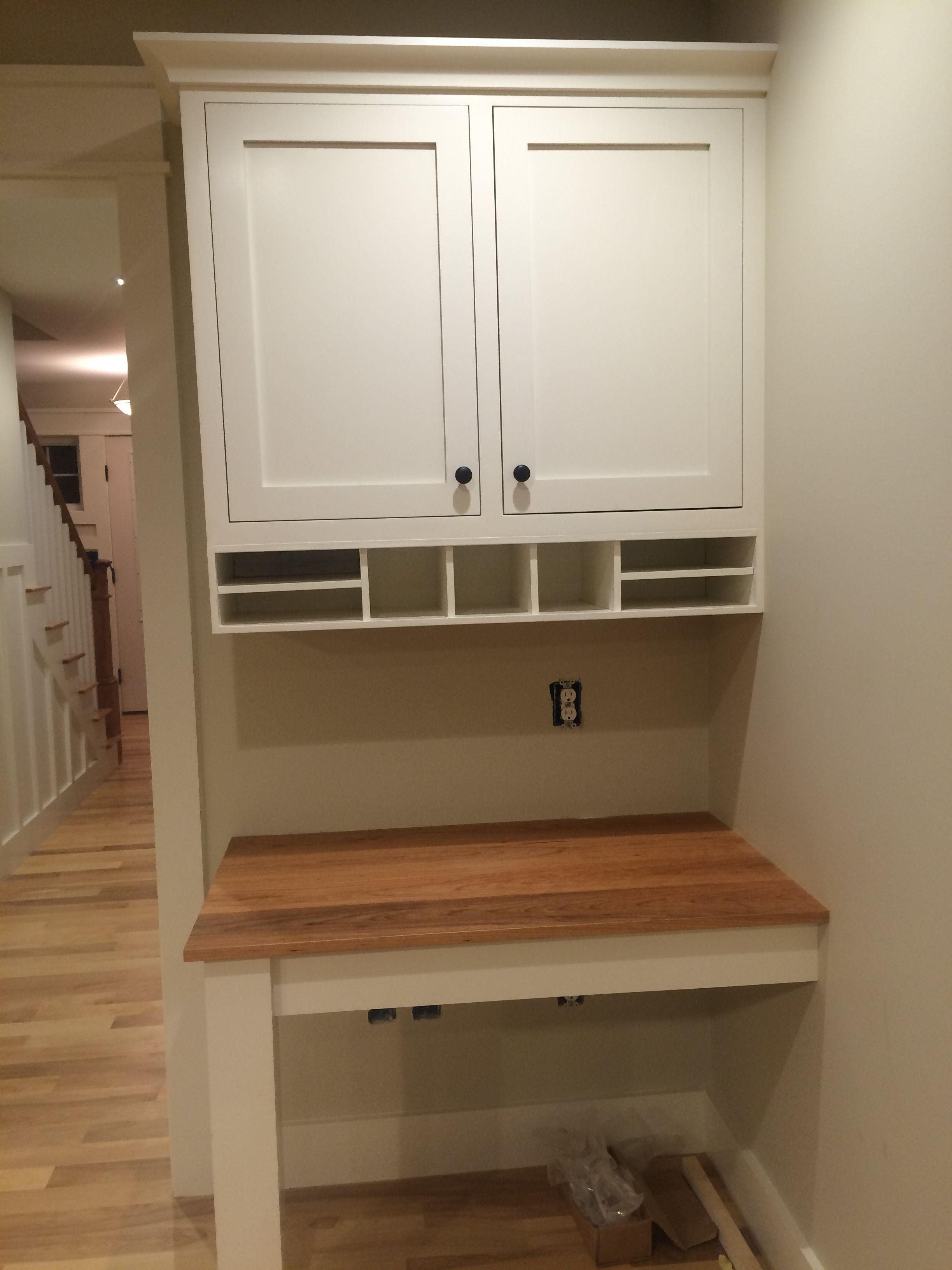 Custom Built In Desk In Kitchen Cherry Top Kitchen Office Spaces Kitchen Desks Kitchen Desk Areas