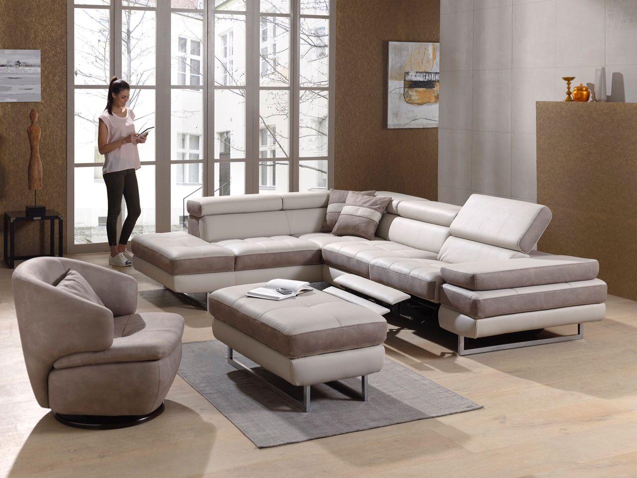 Un Canape Confortable Pour Un Moment De Detente Unique Avec Images Canape Confortable