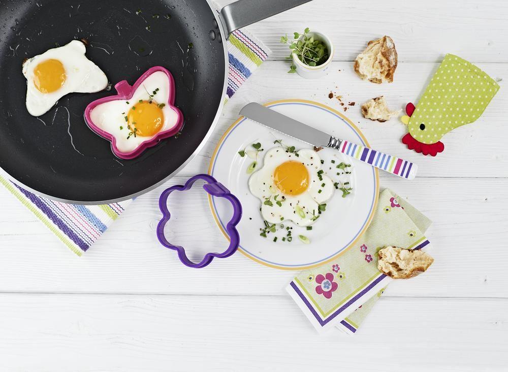 Mit den #Spiegeleiformen lassen sich übrigens auch Teigwaren zubereiten, zum Beispiel dekorative #Pfannkuchen. Für €4,95 bei #Tchibo