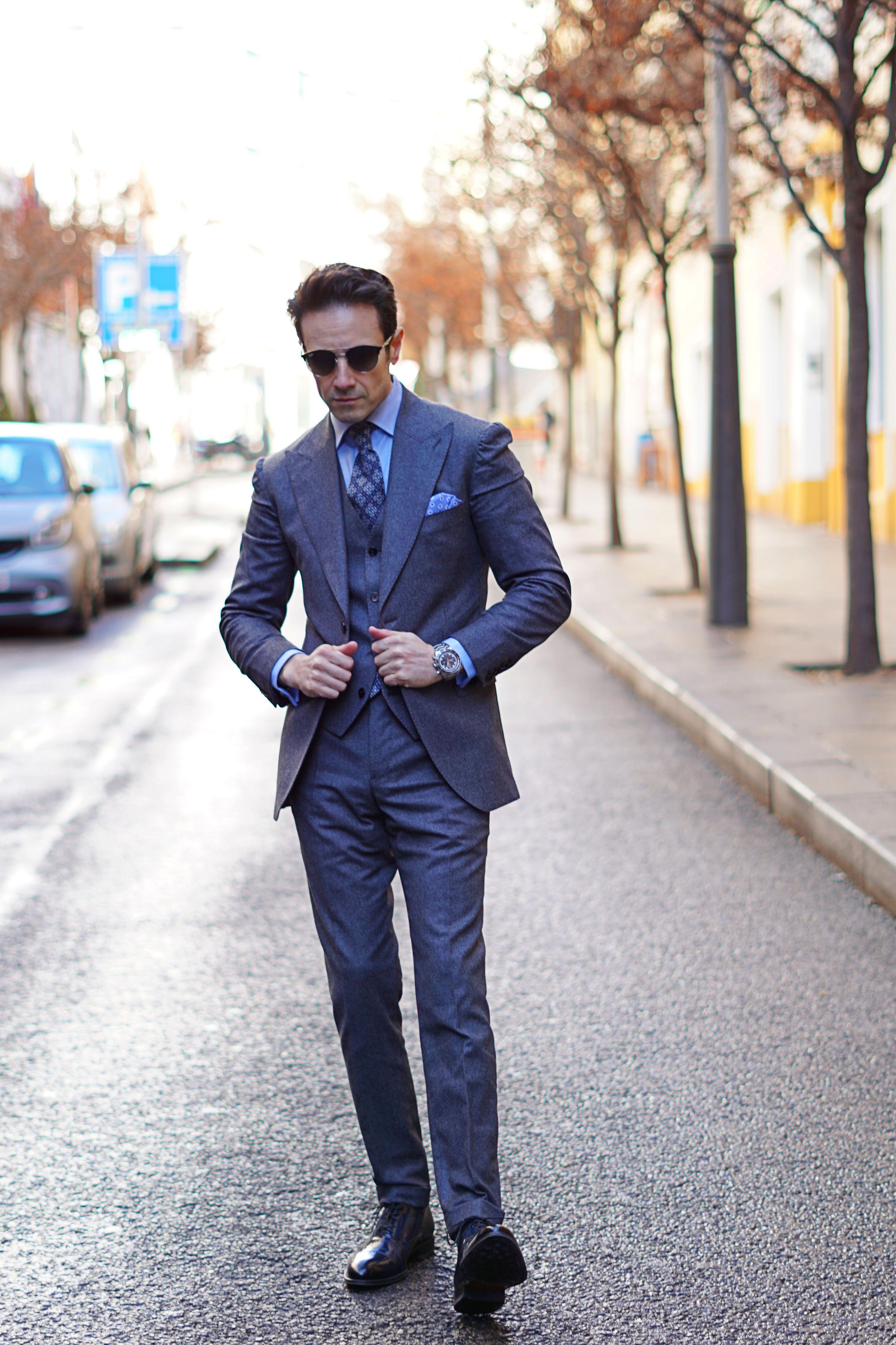 ideas de traje gris para hombre con traje de Scalpers Icon y