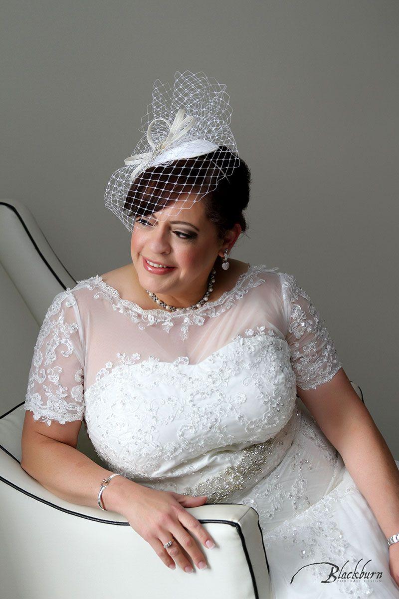 Saratoga National Fall Wedding Photos Images by Susan Blackburn Copyright Blackburn Portrait Design www.susanblackburn.biz #fallwedding #fascinator #bride #autumnwedding #saratoganational #mazzonehospitality #SaratogaWedding