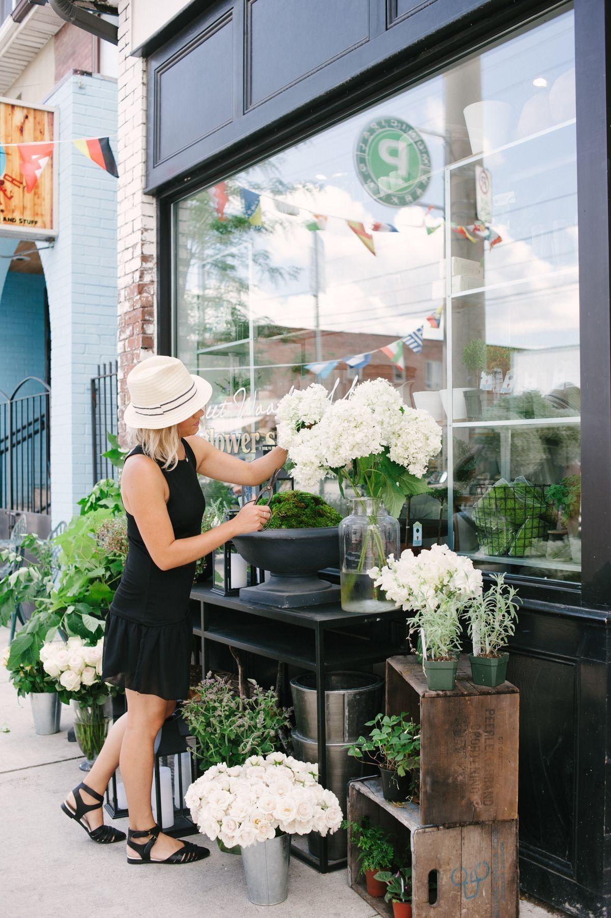 Pin By Elissa Blevins On My Flower Shoppe Pinterest Flower Shops