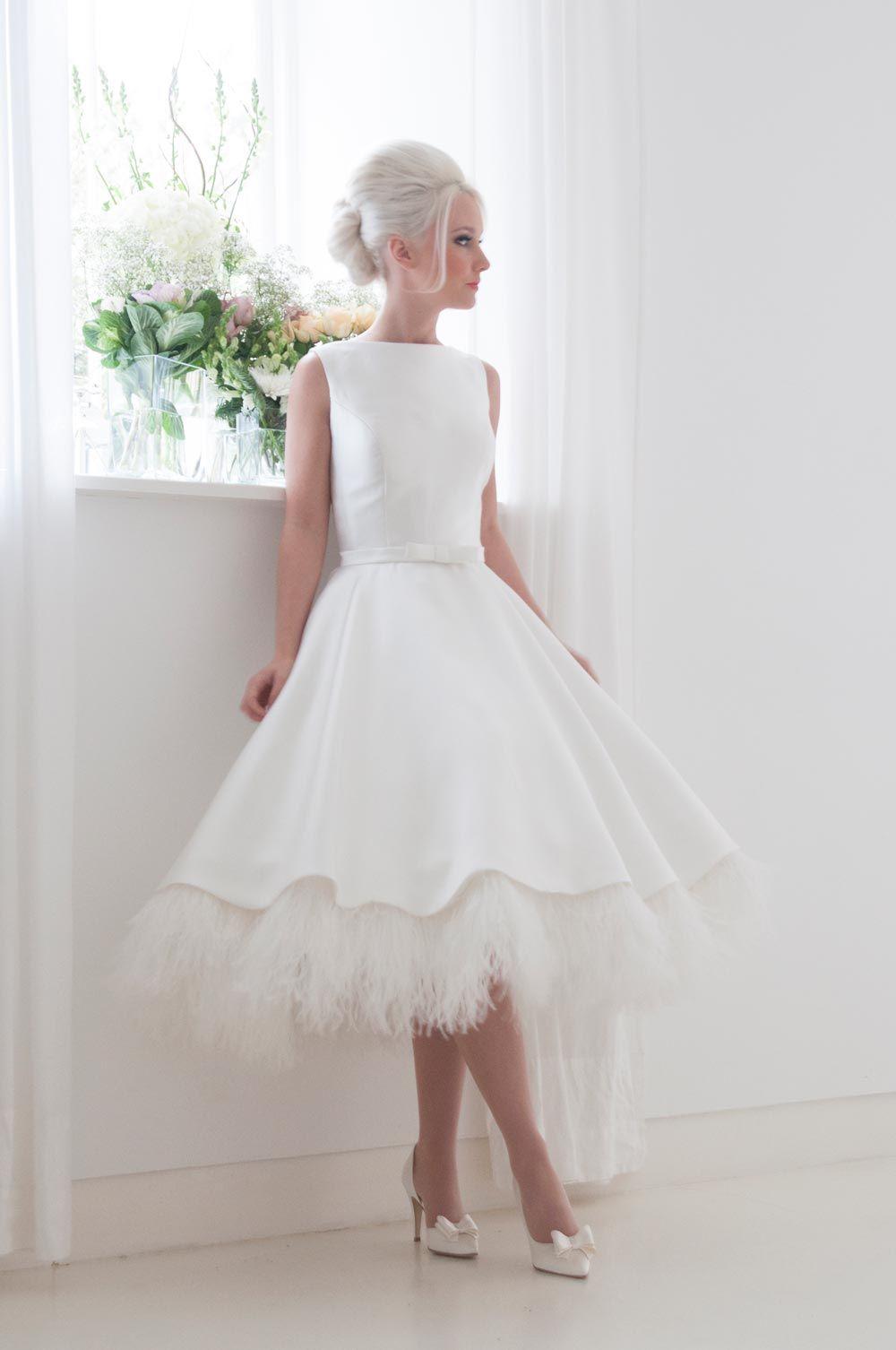 11 Fabulously Feathered Wedding Dresses   1950s style wedding ...