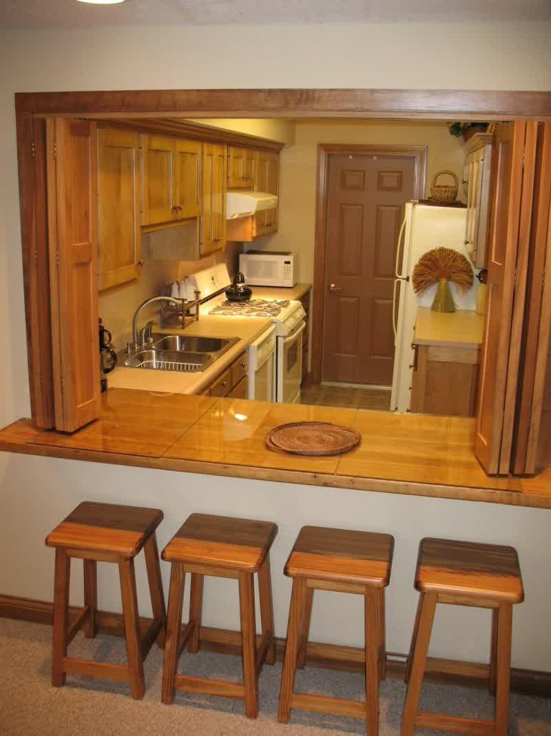 Delightful Alfresco Dining With Kitchen Pass Through Ventanas De Cocina Estilo De Cocina Cocinas Con Arcos