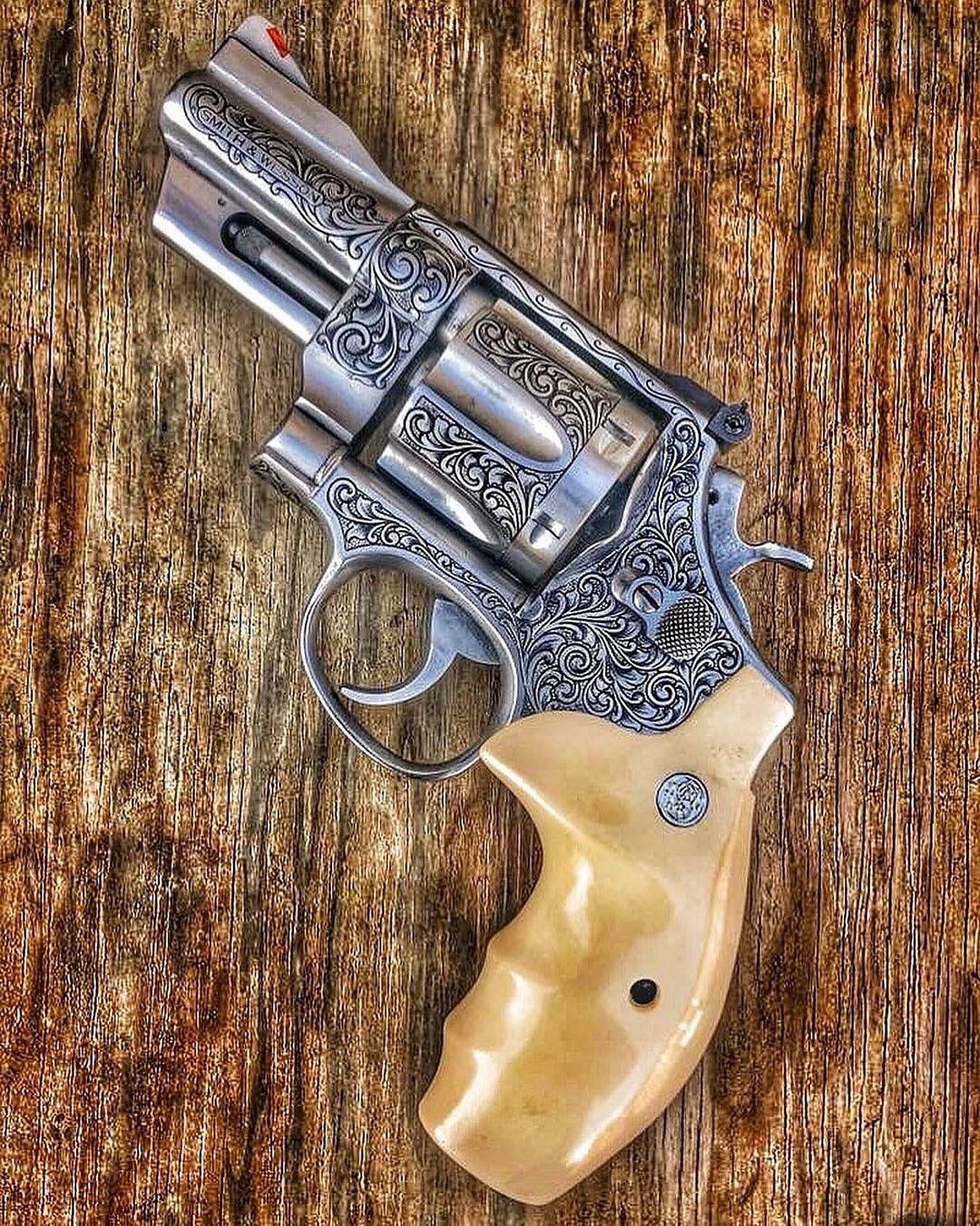 фото последних револьверов группе риска