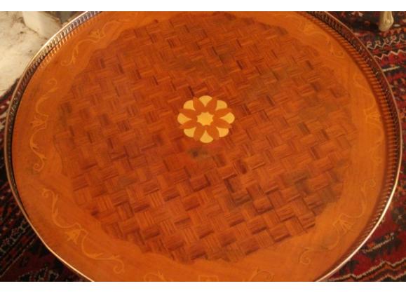Table Basse Gueridon A Decor Marquete Sur Pietement Acajou Style Anglais Table Basse Gueridon Style Anglais
