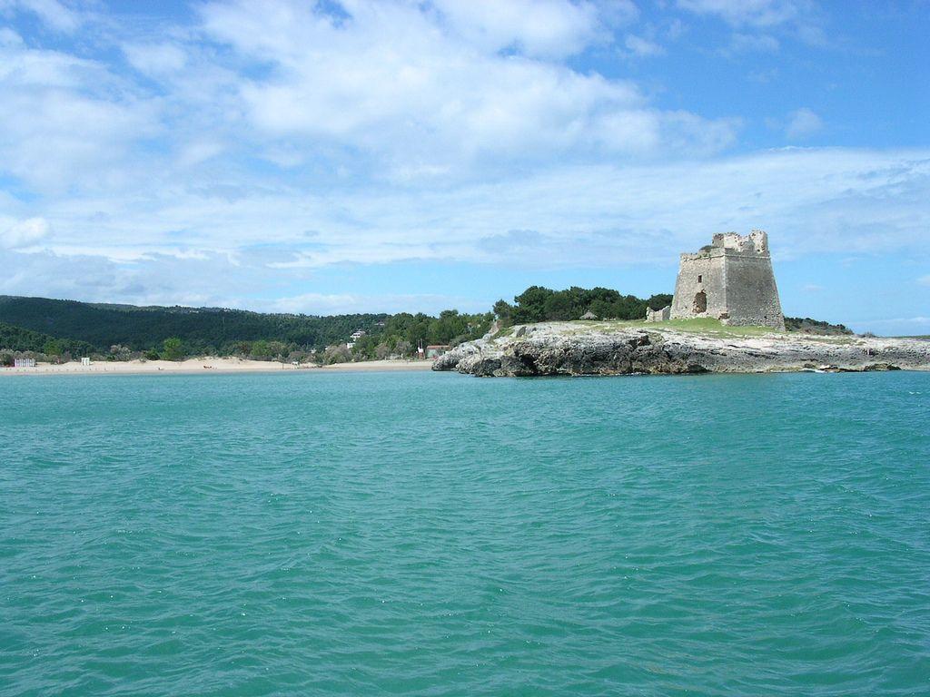 le 14 spiagge di Peschici sul Gargano in Puglia
