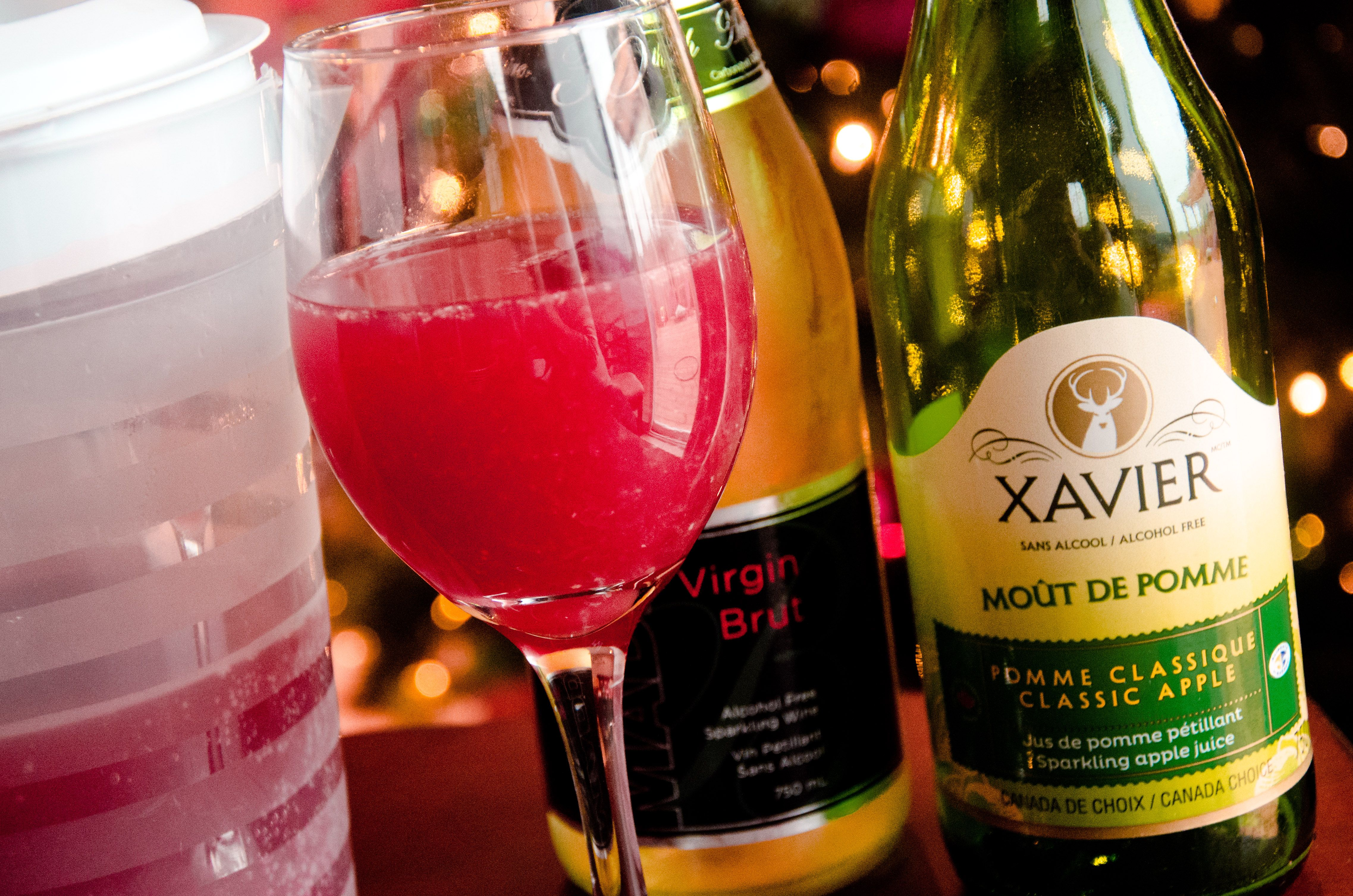 Non Alcoholic Sparkling Pomegranate Mimosa Recipe Mimosa Recipe Pomegranate Mimosa Holiday Brunch