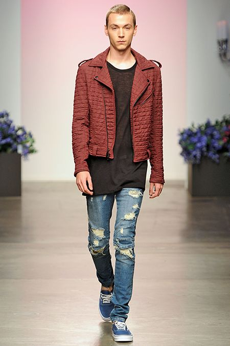 and.. the hole in your jeans is baaack! En Noir Spring-Summer 2015 Men's Collection