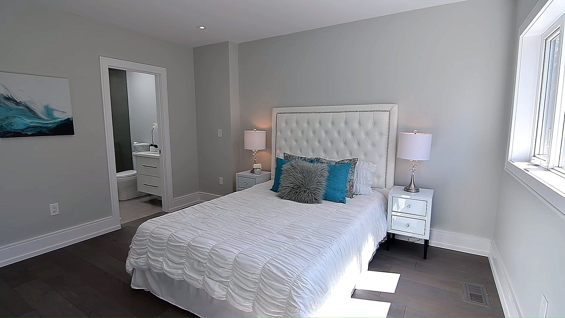 Wavy White Bedcover Idea (With images) House interior