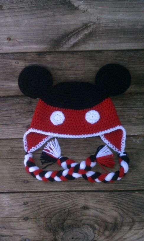 Mickey Mouse crochet hat | Beenie Babies | Pinterest