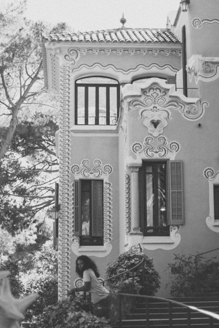 antoni gaudi house barcelona
