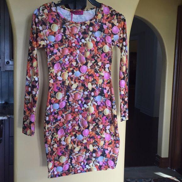 ❤️❤️NWT Unique Boohoo Bodycon Dress! ❤️❤️Gorgeous and Unique Boohoo Bodycon Dress! Fun Candy print! Great Dress, #0-3-99 Size 4 US (Size 8 UK) Boohoo Dresses