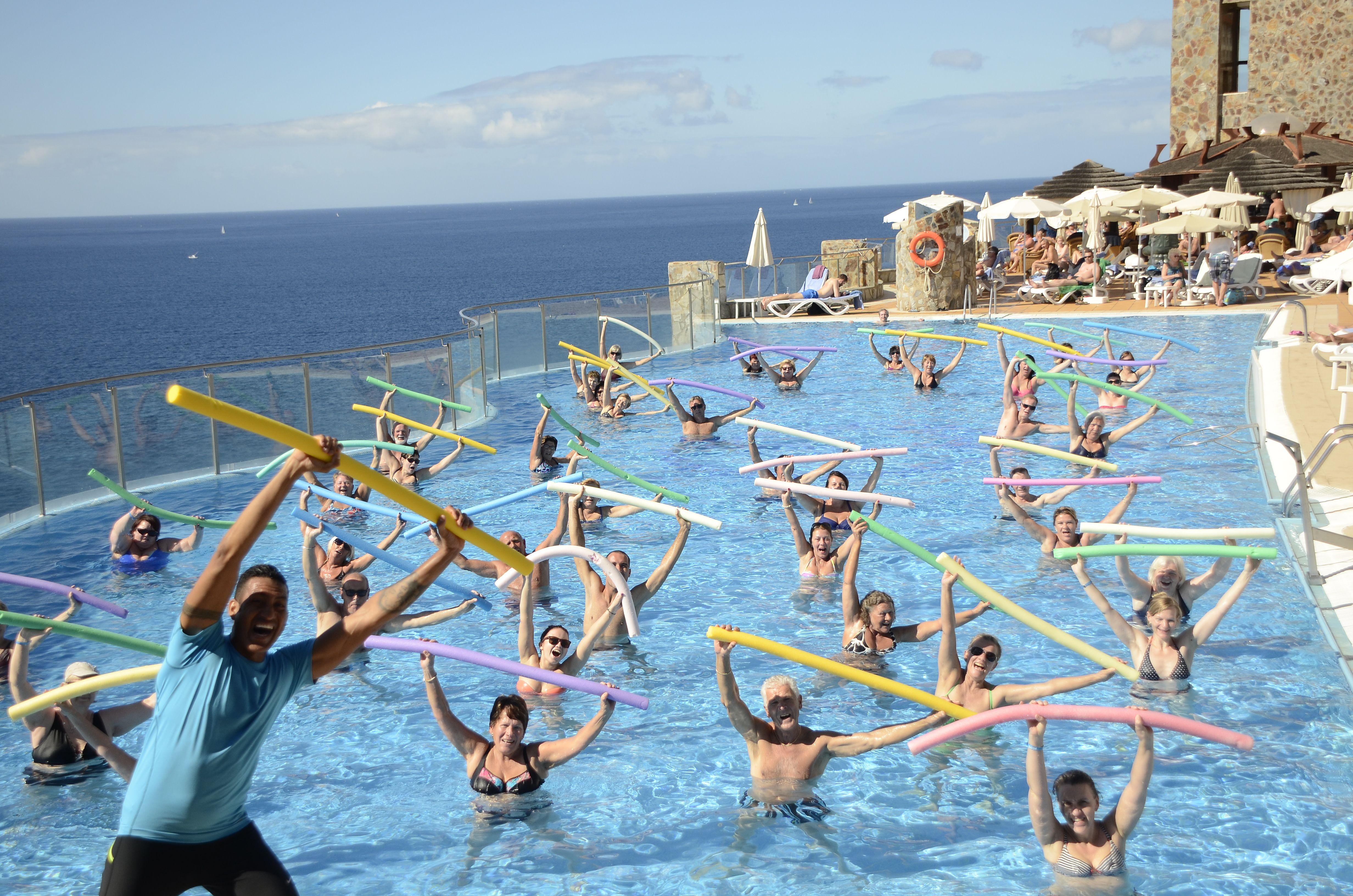 * Have fun with the Aquagym in  #Gloriapalaceamadores * Diviertete con el #Aquagym en Gloria Palace Amadores.