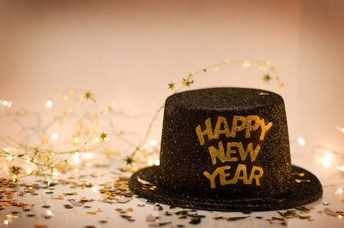 ' Hats off to a Great New Year!