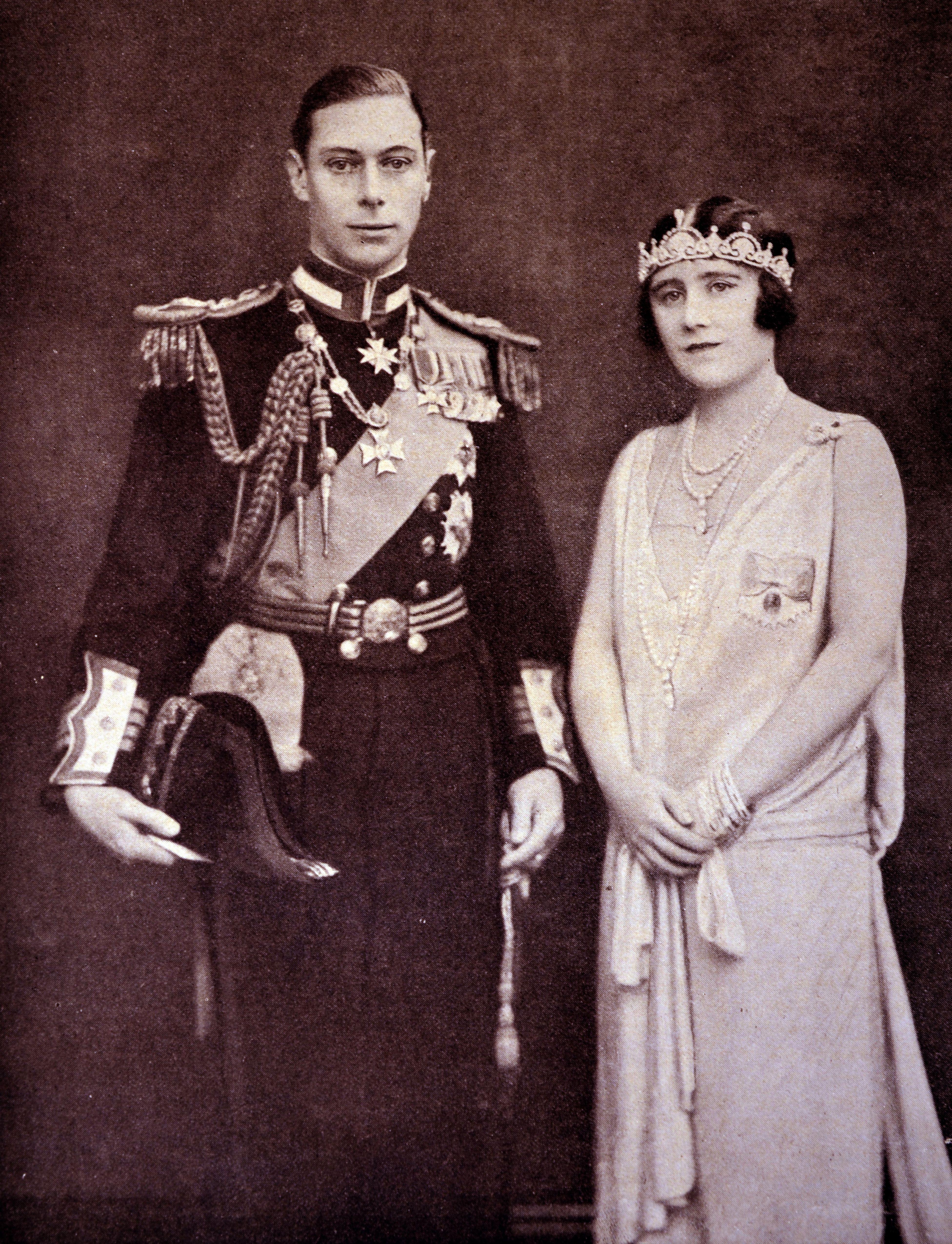 Queen Elizabeth The Queen Mother With The Lotus Flower Tiara In