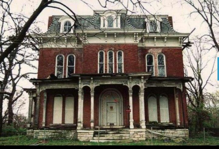 Mudhouse Mansion Lancaster Oh My Home Town Real Haunted Houses Abandoned Houses Abandoned Mansions