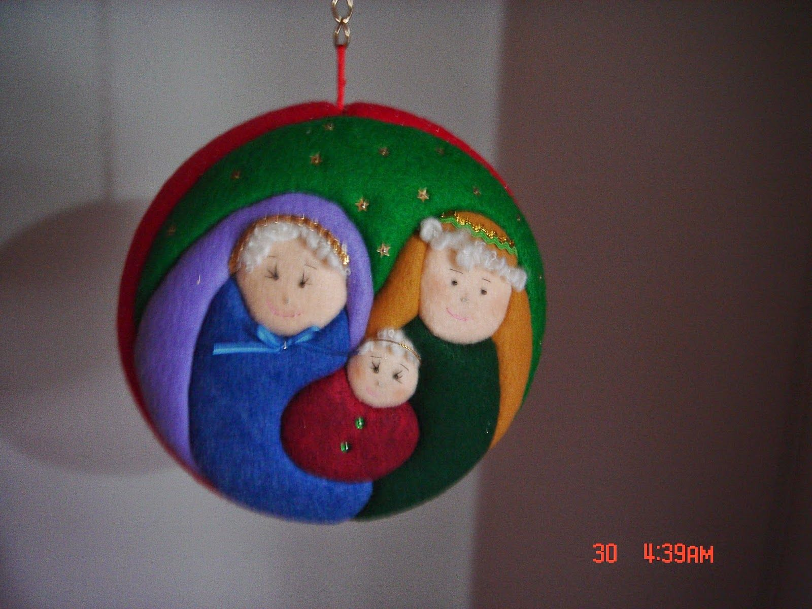 Mogollas navide as patchwork sin aguja pinterest - Bolas de navidad de fieltro ...