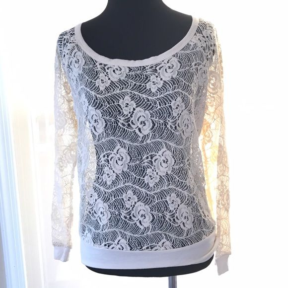 NWOT KIRRA LACY FLORAL LONG SLEEVE TOP SIZE SMALL Gorgeous KIRRA top. Never worn. Still has size sticker attached. Great condition. Cute with tank top and jeans! Kirra Tops Tees - Long Sleeve