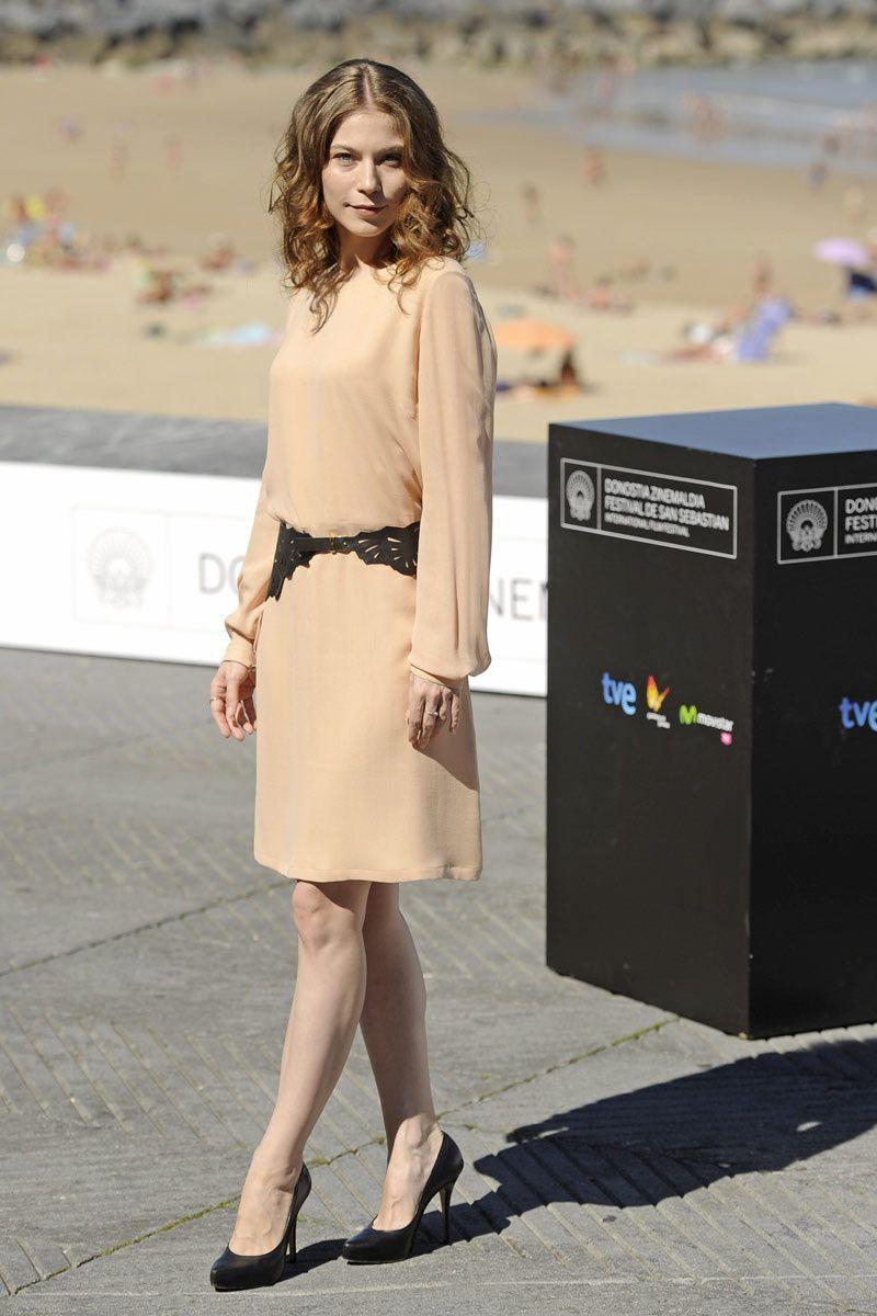 Festival de cine de San Sebastián   Celebrity style, Red ...