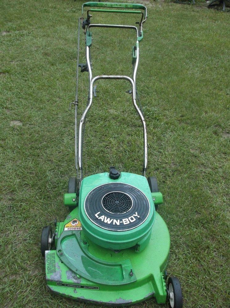 Lawn Boy Model 8243 Self Propelled Mower 2 Cycle Engine Runs Great Cuts Lawnboy