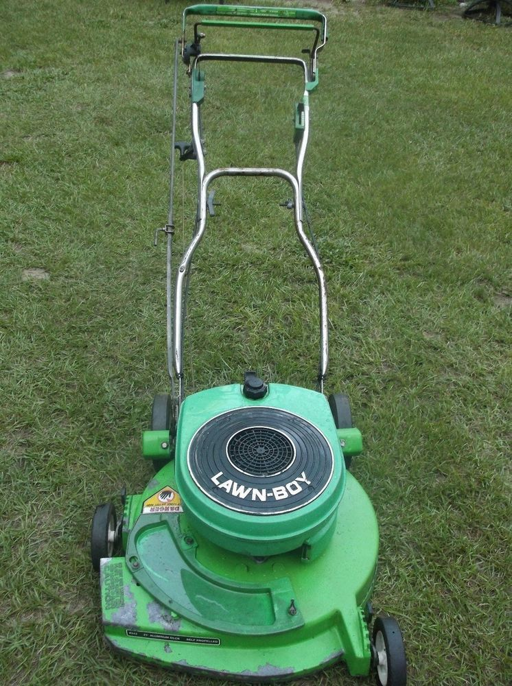 lawn boy commercial mower. lawn boy model 8243 self propelled mower 2 cycle engine runs great cuts #lawnboy commercial