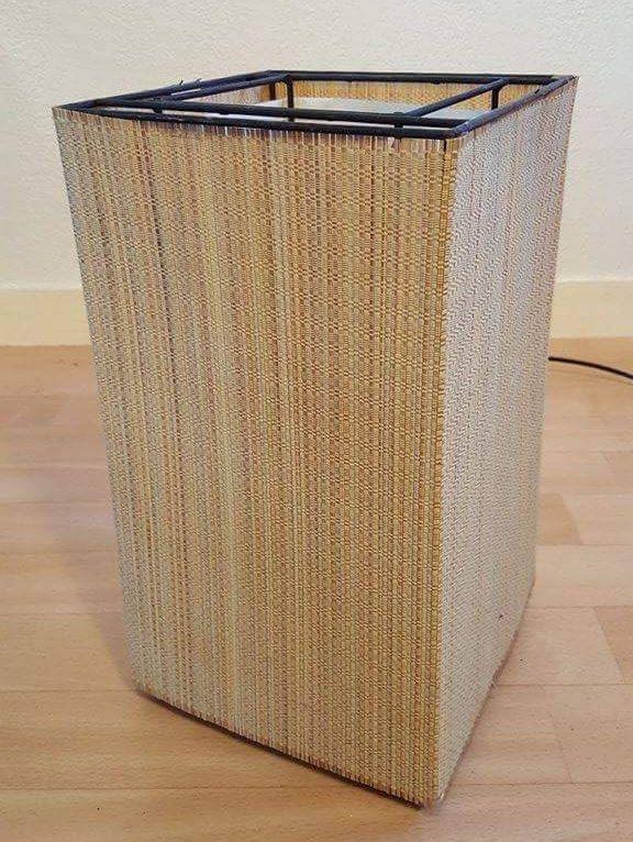 Lampe De Table En Bambou Et Fer De Style Asiatique Pour La Etsy Trash Can Small Trash Can Etsy Shop