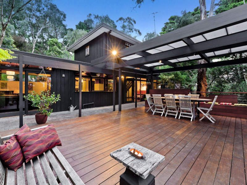 Outdoor living ideas outdoor area photos pergolas for External timber decking