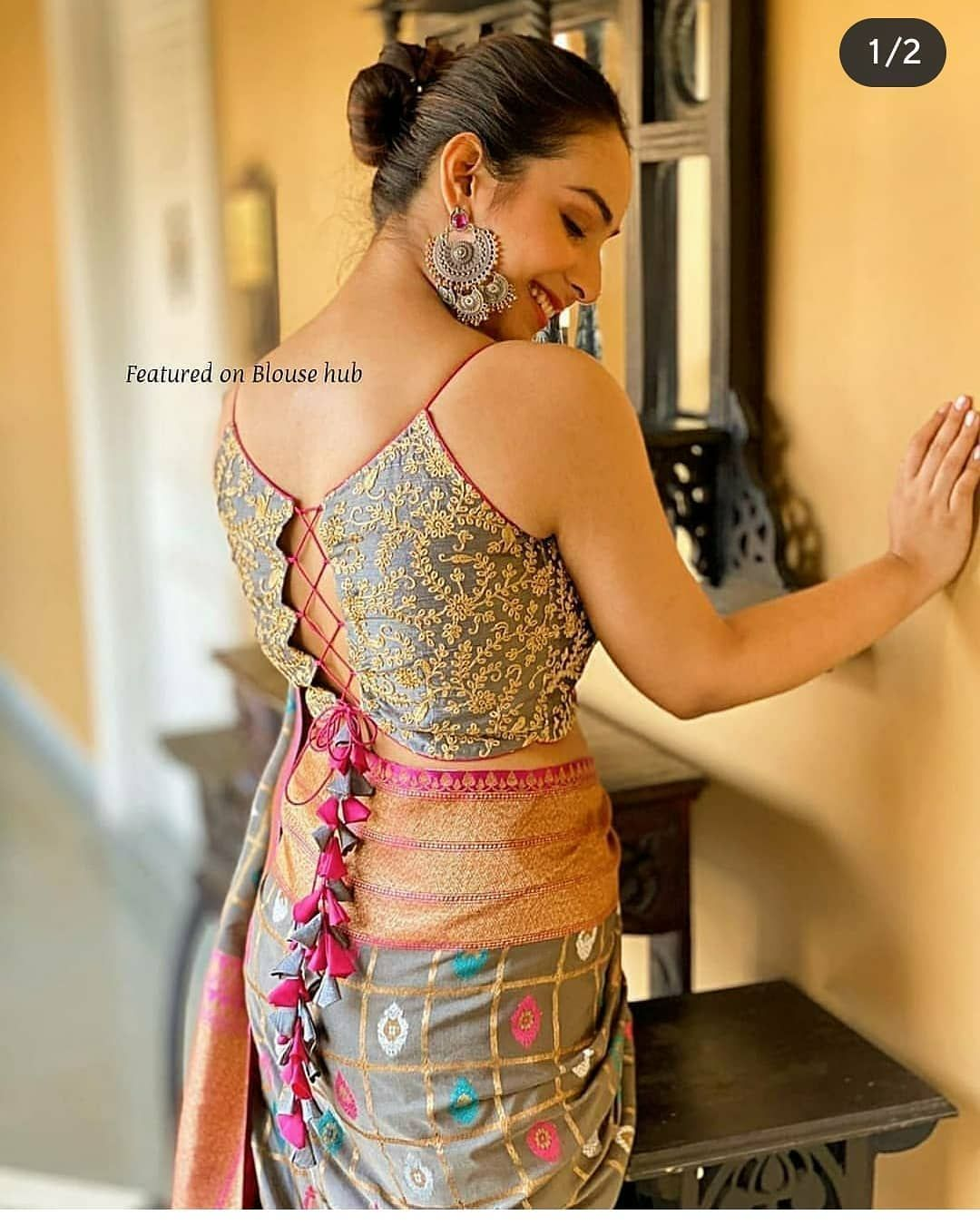 "Blouse & Kurti's Instagram photo: ""Designed by @sayantighoshdesignerstudio & @mohinifashionaccessories Follow @blousekurti now!!! for more Designer blouse ideas…"""