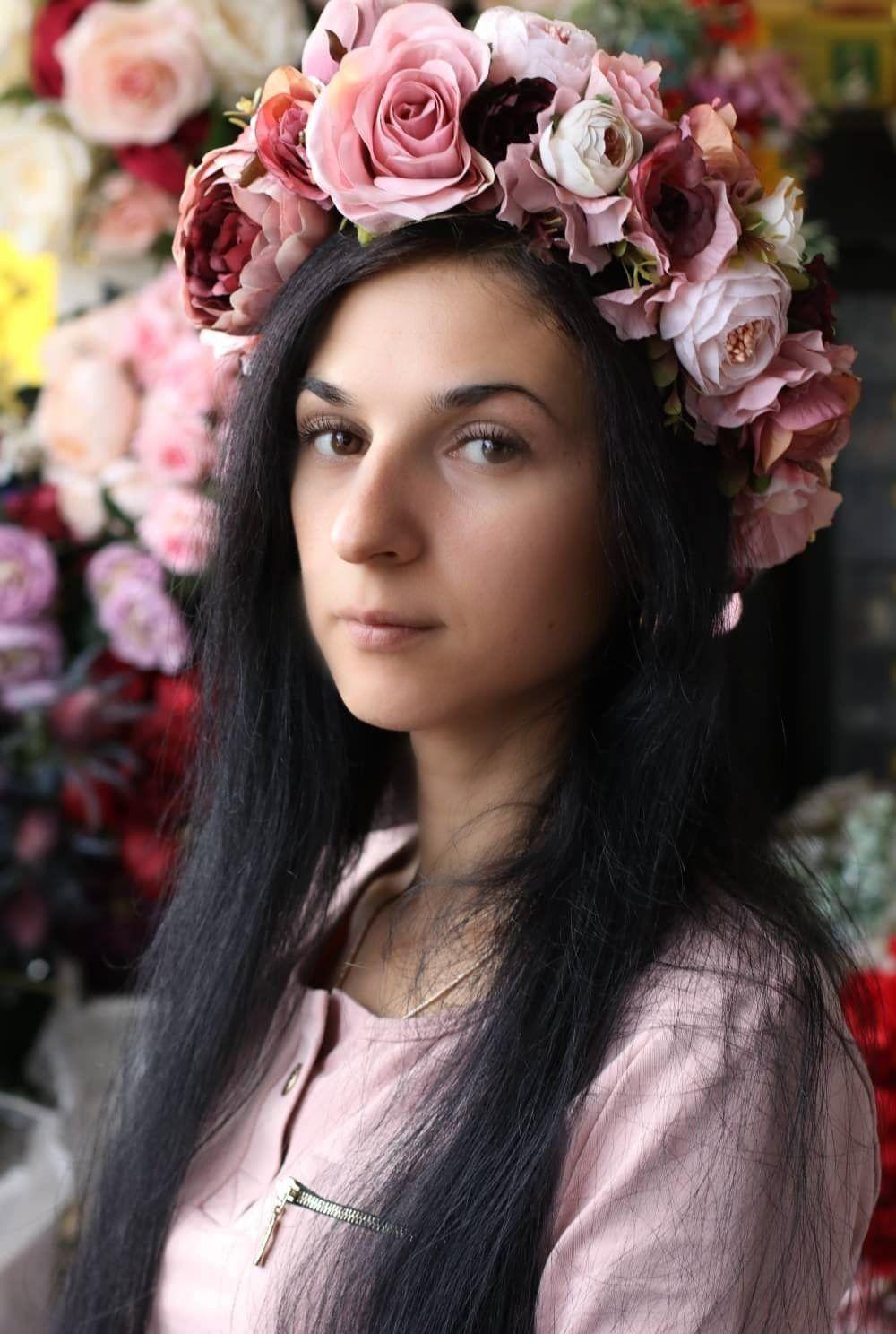 Burgundy bridesmaid dusty pink flower crown of roses and peonies