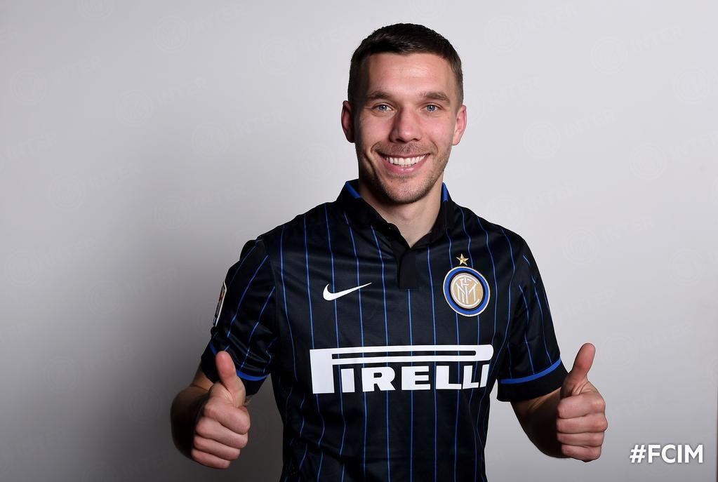 """F.C. Internazionale on Twitter: """"F.C. Internazionale comunica l'arrivo di #Podolski con la formula del trasferimento temporaneo fino al giugno 2015"""""""