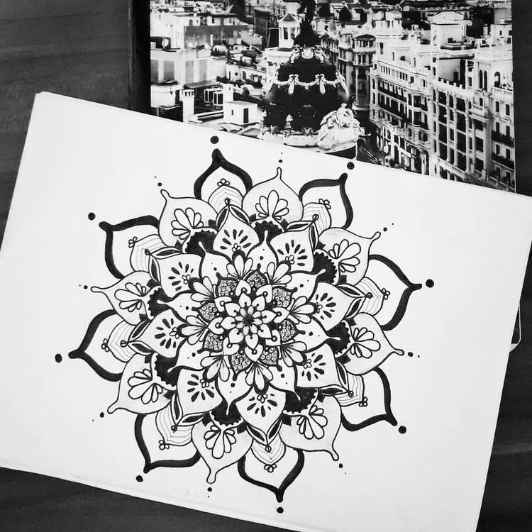 40 Beautiful Mandala Drawing Ideas How To Mandala Design Man