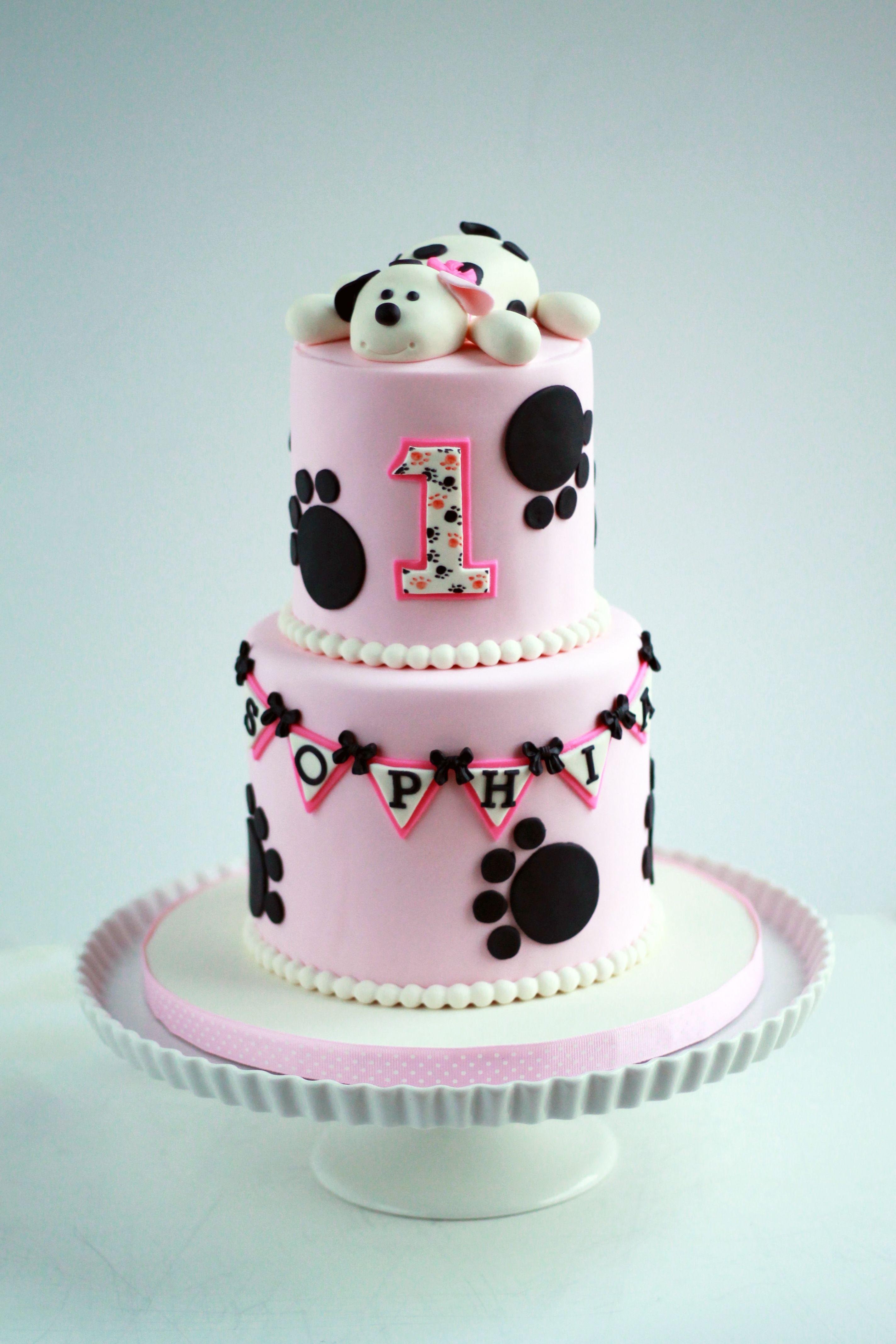 Pink Black And White Dalmatian Puppy First Birthday Cake For Baby Girl Puppycake Dalmatiancake Puppy Birthday Cakes Dog Birthday Cake First Birthday Cakes